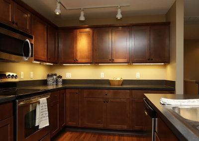 Burton-Ridge-Interior---Kitchen-(2)